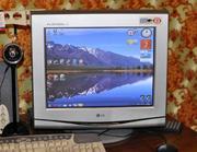 ЭЛТ монитор 17'' LG Flatron F700P б/у + 4 usb hub